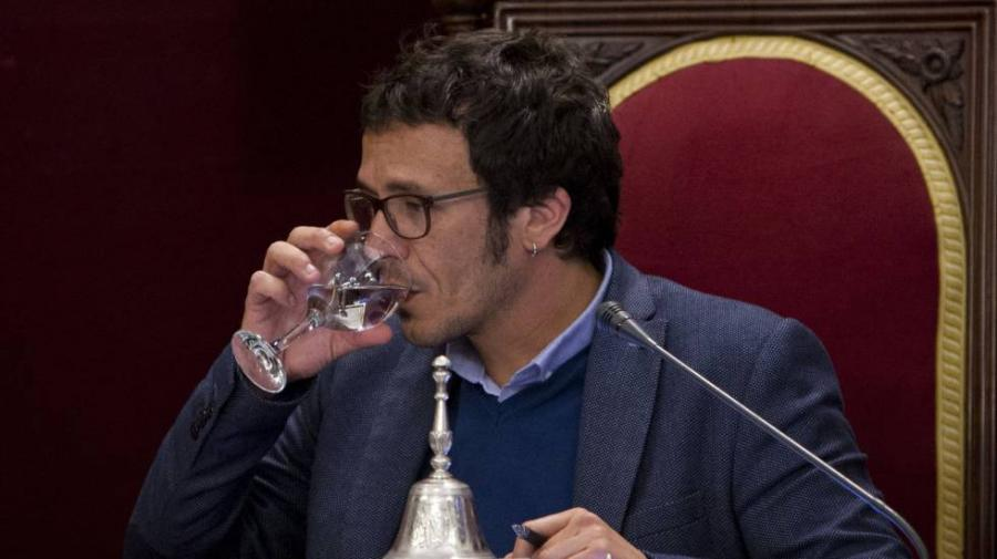 Cádiz Cádiz 'Kichi' ratifica la acusación contra el PP por el suministro de agua contaminada