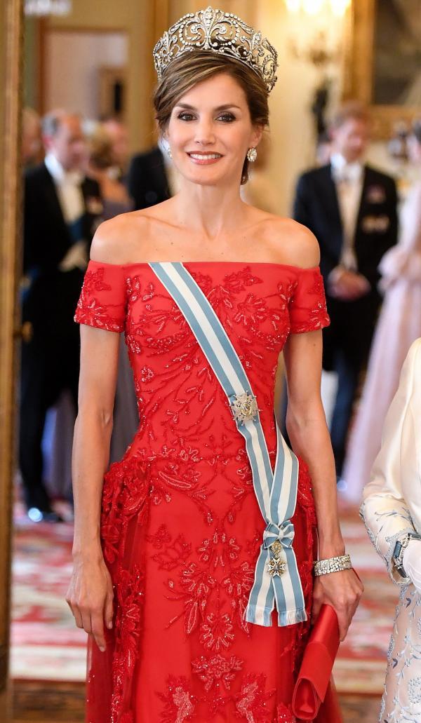 Actualidad Actualidad La Reina Letizia «deslumbra» en Reino Unido