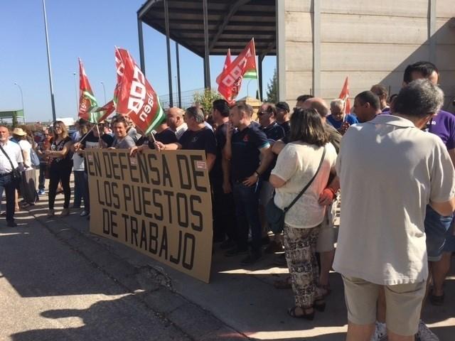 Actualidad Actualidad Manifestación en Linares para pedir solución al problema del desempleo en la comarca
